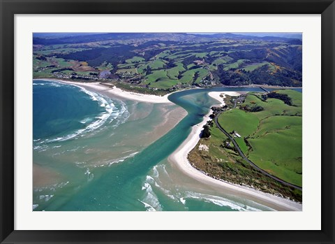 Framed Taieri Mouth, South of Dunedin, New Zealand Print