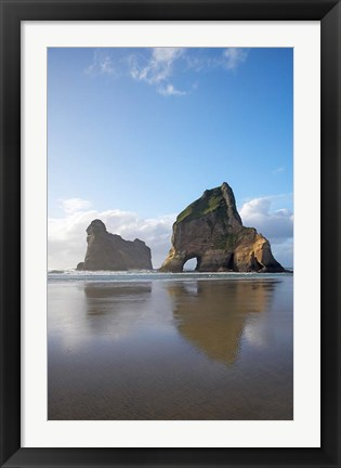 Framed Rock Formation, Archway Island, South Island, New Zealand (vertical) Print