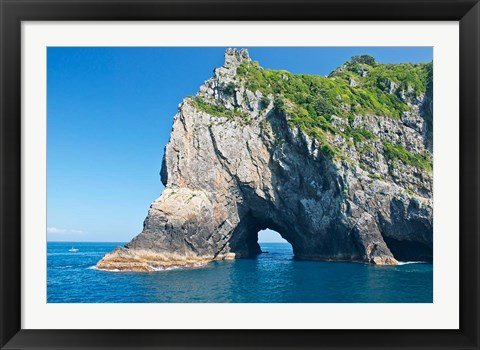 Framed New Zealand, North Island, Bay of islands, Hole in the Rock Print