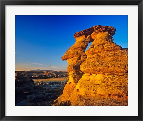 Framed Rock, Milk River, Writing on Stone Park, Alberta Print