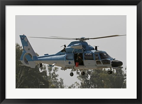 Framed AS-565 Atalef of the Israeli Air Force in a rescue demonstration Print