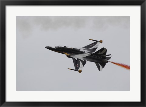 Framed T-50 Golden Eagle from the Republic of Korea Air Force Aerobatic Team Print