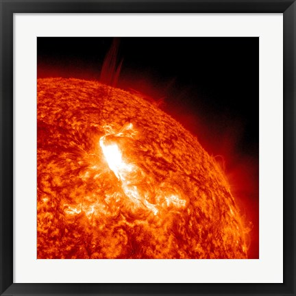 Framed M87 Class Flare Erupts on the Sun's surface Print