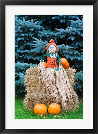 Framed Wisconsin Autumn haystack, Halloween decorations Print