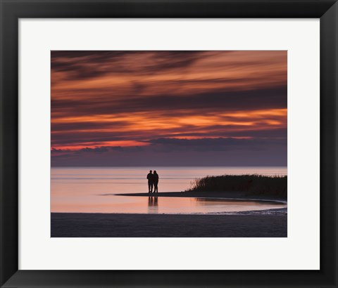 Framed Romantic Sunset at the Beach Print