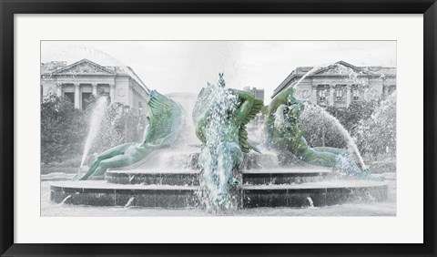 Framed Fountain (b/w) Print