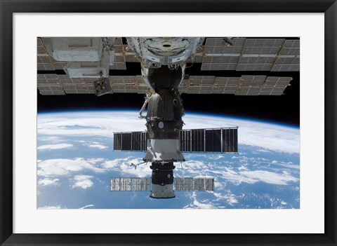 Framed Soyuz 14 and Progress 26 Print