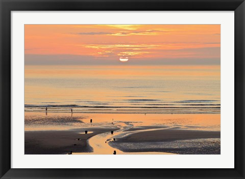Framed Sunset and beach, Blackpool, England Print
