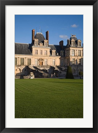 Framed Fontainebleau Chateau, Seine et Marne Print