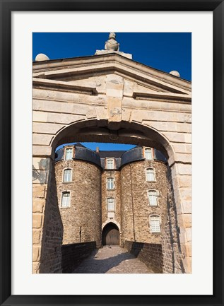 Framed Chateau Musee, Boulogne sur Mer Print