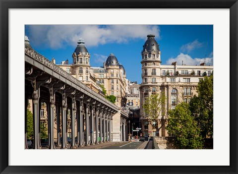 Framed Bir Hakeim Bridge, Paris, France Print