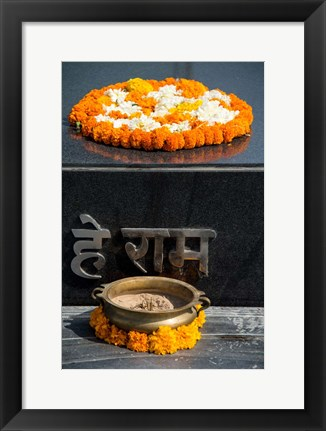 Framed Gandhi Tomb, Raj Ghat, New Delhi, India Print