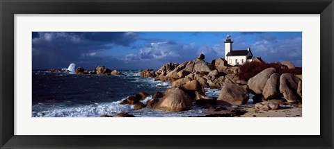 Framed Pontusval Lighthouse, Brignogan, Finistere, Brittany, France Print