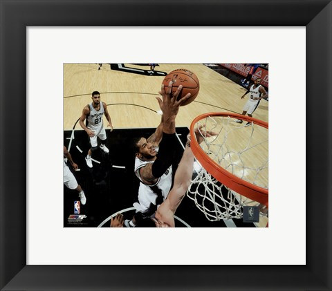 Framed LaMarcus Aldridge 2015-16 Action Print