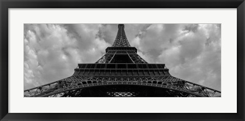 Framed Eiffel Panoramica Print