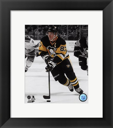 Framed Sidney Crosby 2015-16 Spotlight Action Print