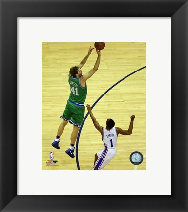 Framed Dirk Nowitzki 2015-16 Action Print