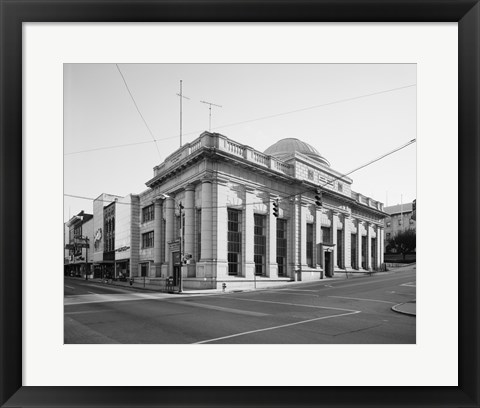 Framed GENERAL VIEW, MAIN ST. FACADE ON LEFT, NINTH ST. ON RIGHT - Lynchburg National Bank, Ninth and Main Streets, Lynchburg Print