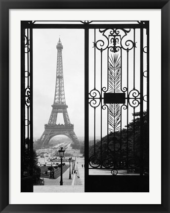 Framed Eiffel Tower from the Trocadero Palace, Paris Print