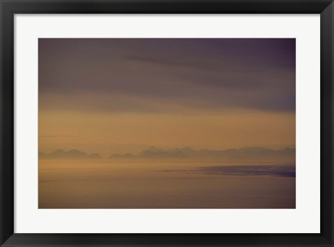 Framed Layers in the Fog Print