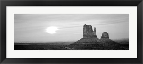 Framed East Mitten and West Mitten buttes at sunset, Monument Valley, Utah Print