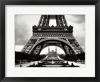 Framed La Tour Eiffel Et Le Vieux Trocadero