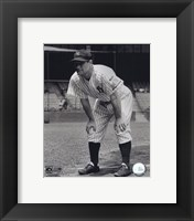 Framed Lou Gehrig - Hands on knees