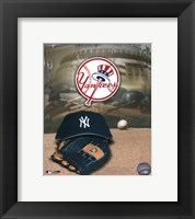 Framed Yankees - '04 Logo & Cap