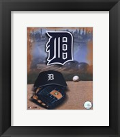 Framed Detroit Tigers - '05 Logo / Cap and Glove
