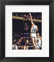 Framed Willis Reed - Action