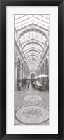 Framed La Galerie