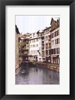 Framed La Fenetre