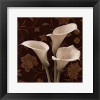 Flores Elegante I Framed Print