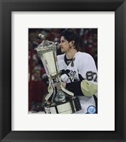 Framed Sidney Crosby With the 2008-09 Prince of Wales Trophy