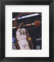 Framed Kobe Bryant - '09 Finals / Gm.2 (#8)