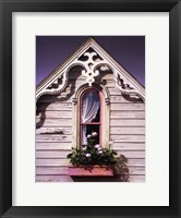 Framed Sweetheart Gable