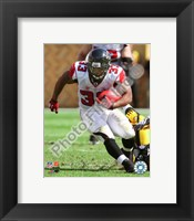 Framed Michael Turner 2010 with the ball