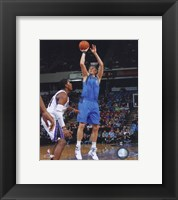 Framed Dirk Nowitzki 2010-11 Action