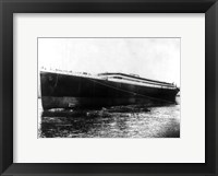 The Titanic photograph Framed Print