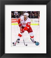 Framed Henrik Zetterberg on Ice 2012-13