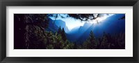 Framed Tunnel View Point at sunrise, Yosemite National Park, California, USA