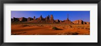 Framed Monument Valley National Park, Arizona, USA