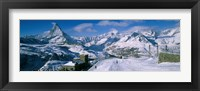 Framed Group of people skiing near a mountain, Matterhorn, Switzerland