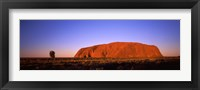 Framed Rock formation, Uluru, Uluru-Kata Tjuta National Park, Northern Territory, Australia