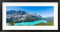 Framed Peyto Lake at Banff National Park, Alberta, Canada
