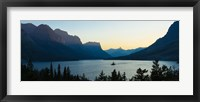 Framed Sunset over St. Mary Lake with Wild Goose Island, US Glacier National Park, Montana, USA