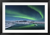 Framed Northern Lights over the Glacier Lagoon in Iceland