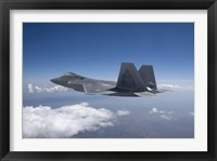 Framed F-22 Raptor Flies Around Southern New Mexico
