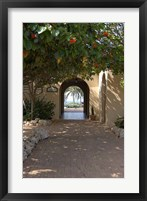 Framed Archway to Pool at Tierra del Sol Golf Club and Spa, Aruba, Caribbean