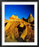 Framed Badlands formations at Dinosaur Provincial Park in Alberta, Canada